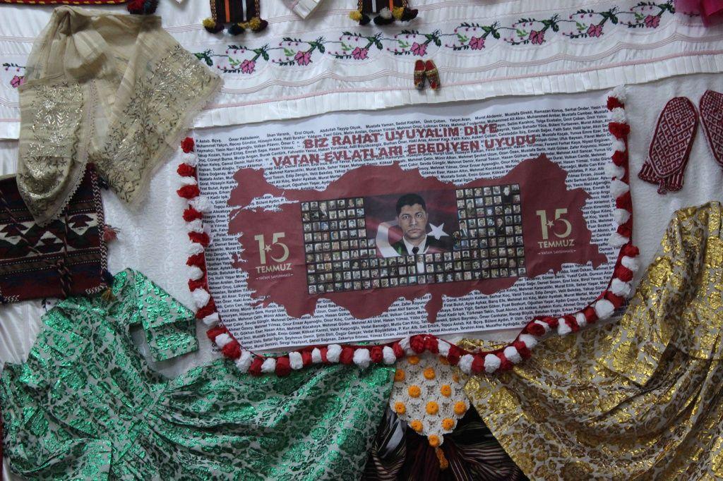 Sezai Karakoç Ortaokulu Sergimiz